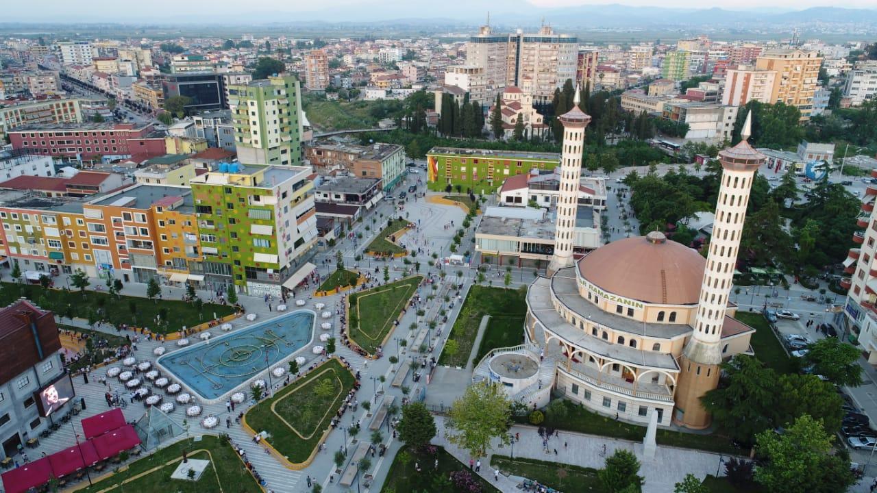 Myftinia e rrethit të Fierit shtron iftar për besimtarët e qytetit