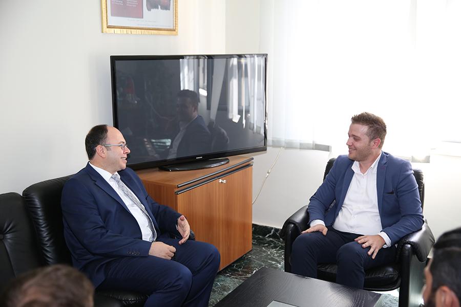 Kryetari i KMSH-së takim me kreun e Arkivit Qendror të Shtetit