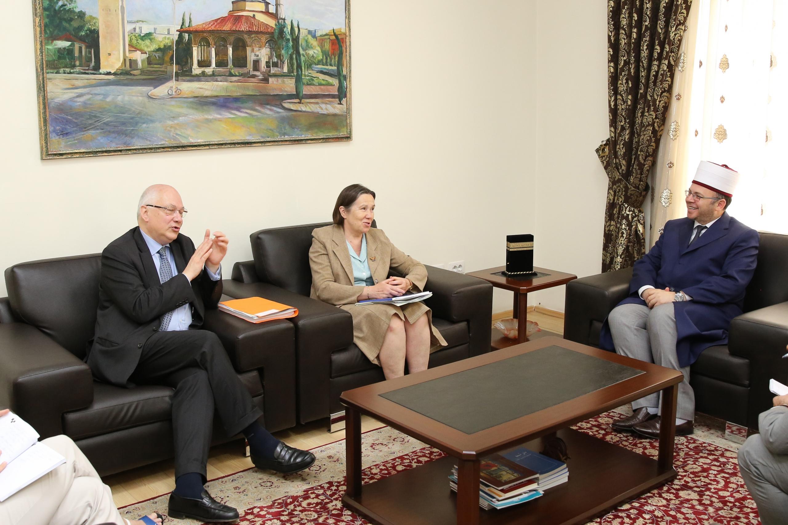 Kreu i KMSH-së priti në një takim pune këshilltarin e Ministrisë Franceze të Evropës