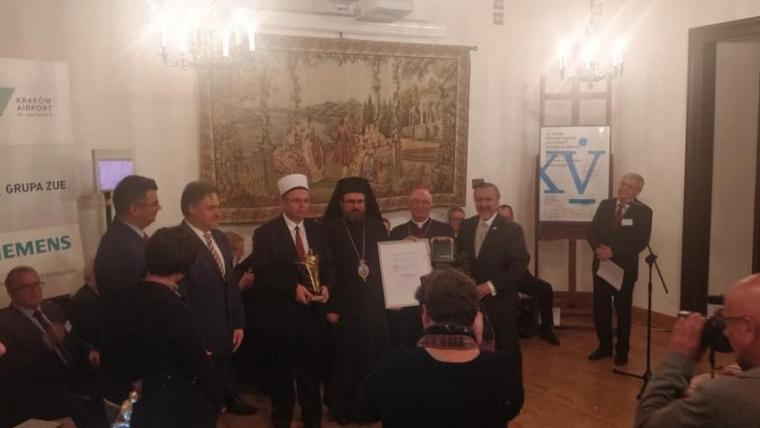 """Këshilli Ndërfetar i Shqipërisë vlerësohet me çmimin """"De Mellon për të Drejtat e Njeriut"""""""