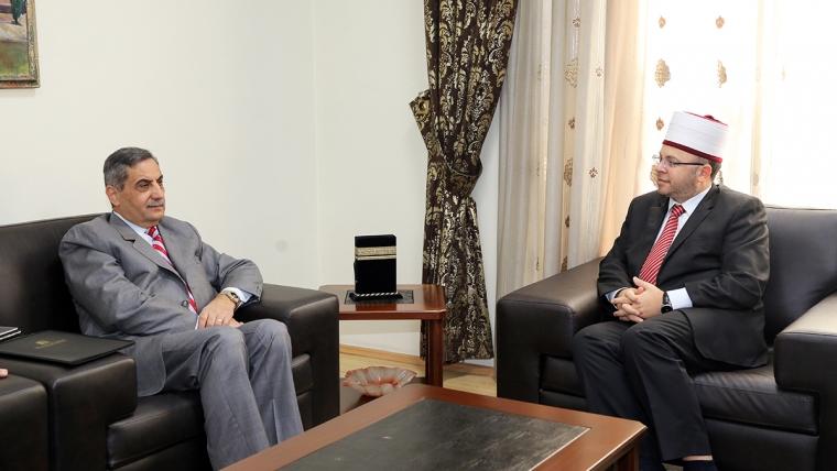Kryetari i KMSH-së pret në një takim pune Ambasadorin e Jordanisë në Tiranë