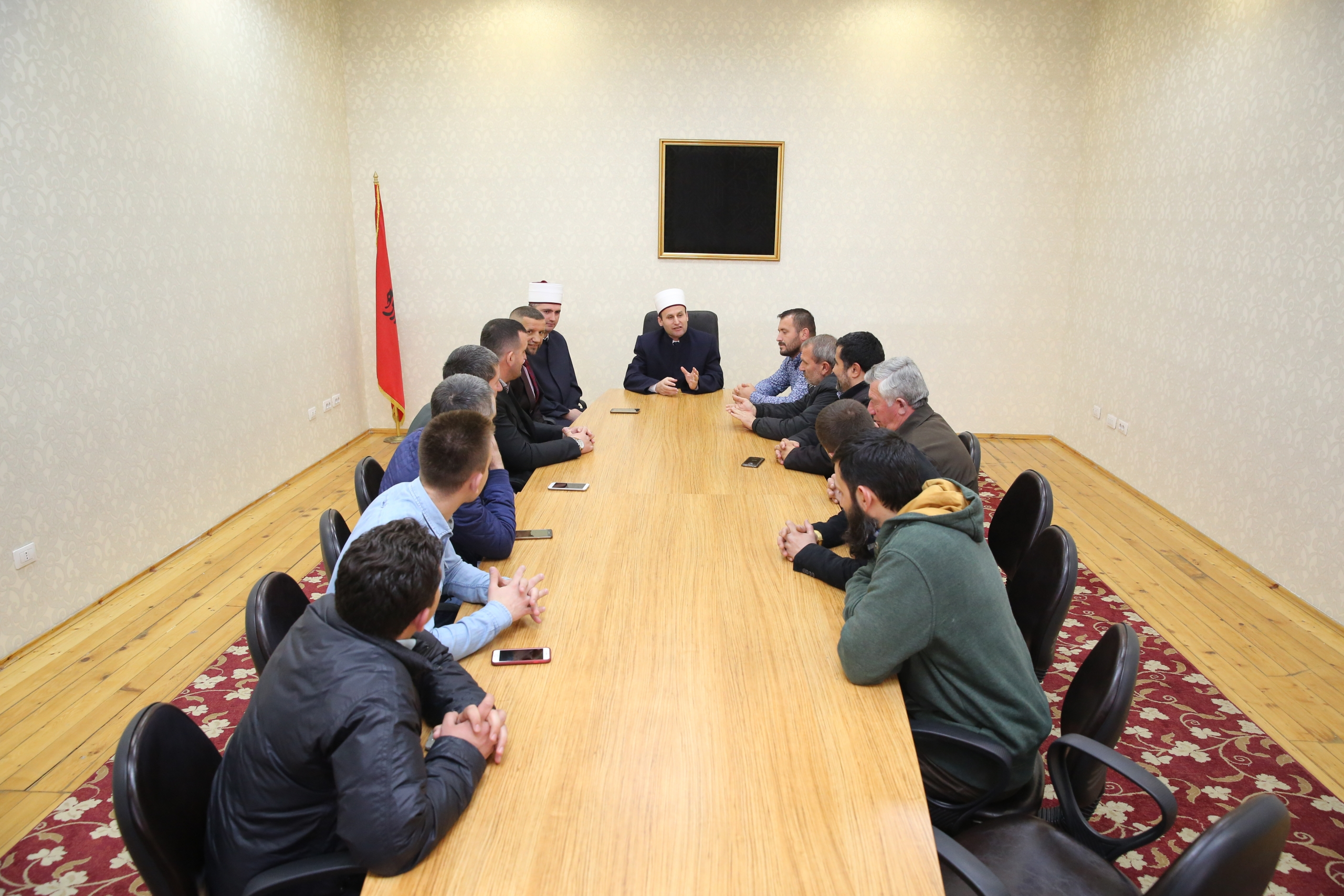 Kryetari i KMSH-së takim me myftiun dhe imamët e Krujës