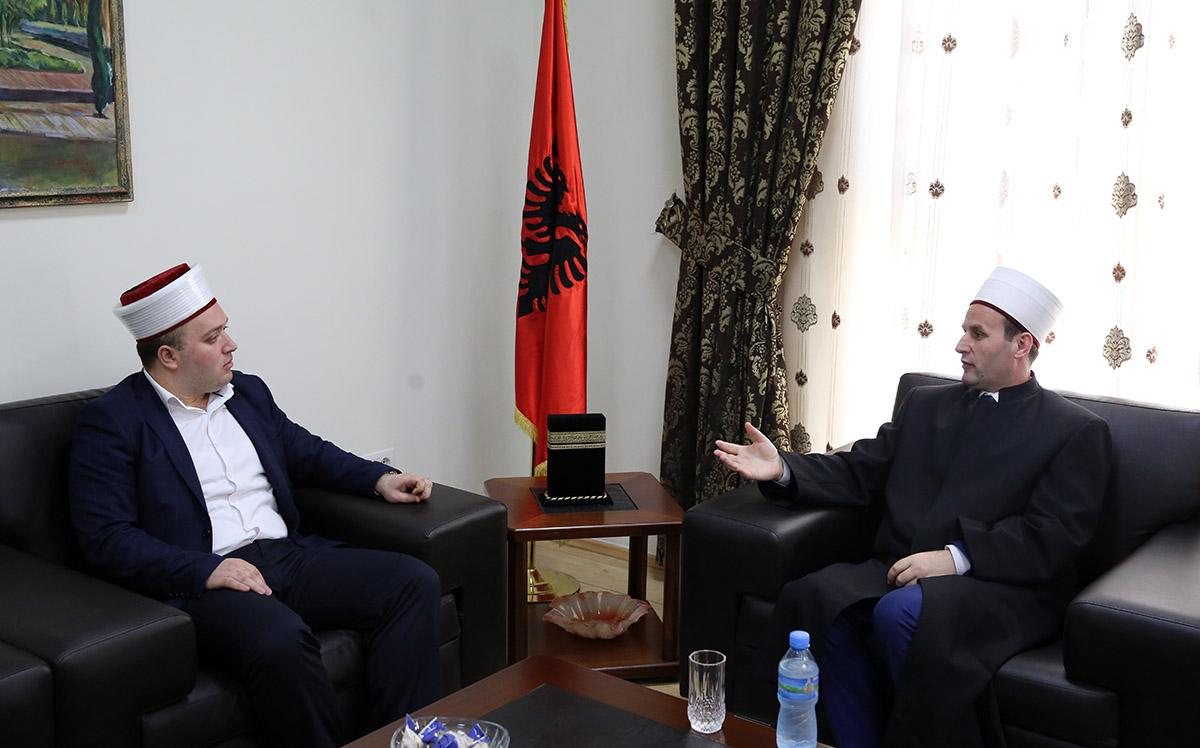 Myftinia Pukë viziton Kryetarin e KMSH-së