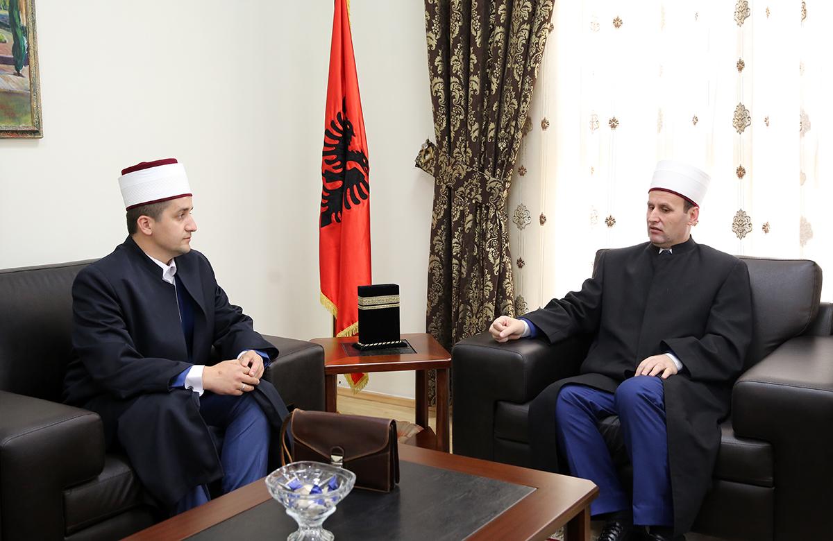 Myftinia e Gjirokastrës viziton Kryetarin e KMSH-së