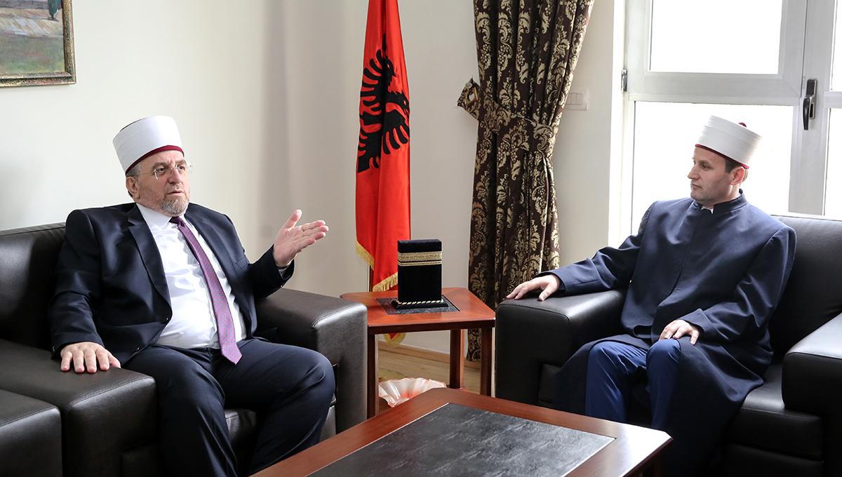 Bashkësia Islame e Kosovës viziton Kryetarin e KMSH-së