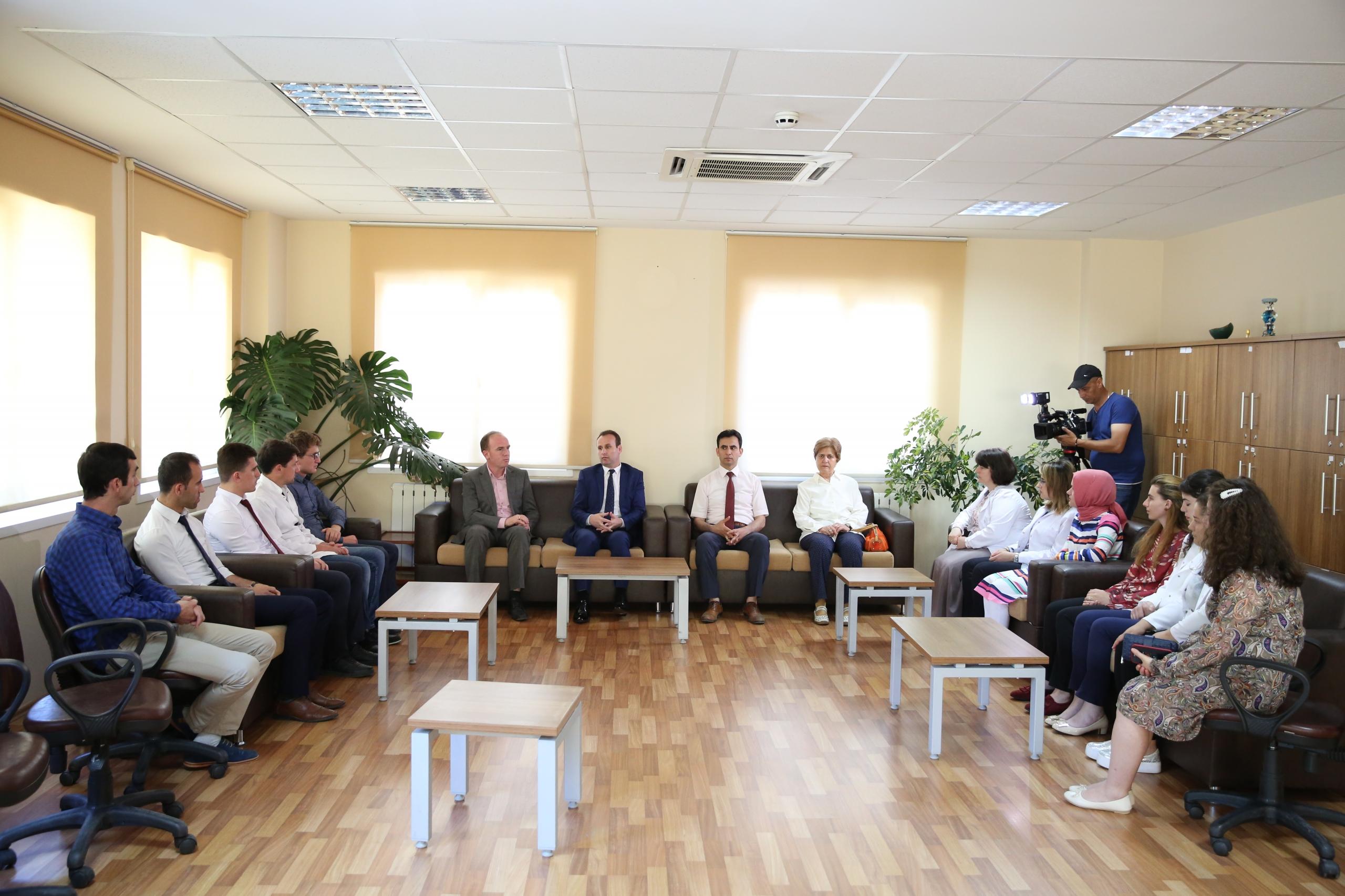 Kryetari i KMSH-së viziton Medresenë e Korçës