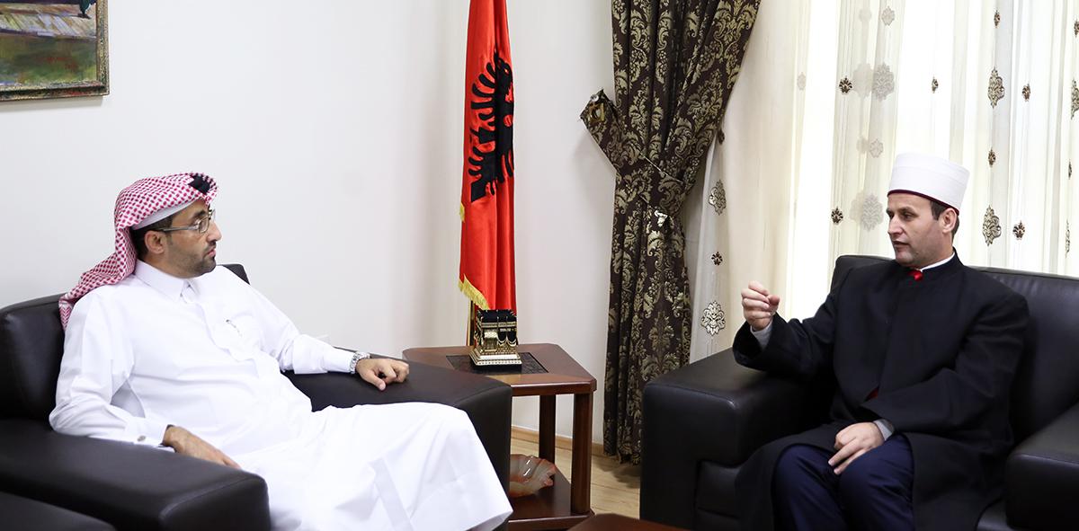 Drejtori i Projekteve Ndërkombëtare të Qatar Charity viziton KMSH-në