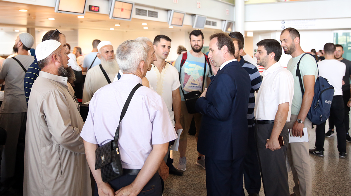 Niset grupi i dytë i haxhinjve shqiptarë drejt Mekës e Medines