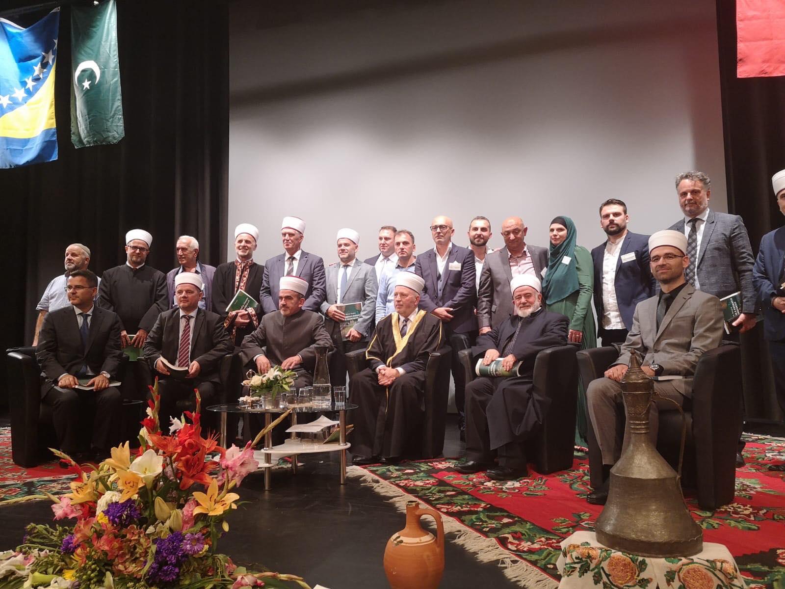 Myftiu i Tiranës merr pjesë në 40-vjetorin e Xhamisë Boshnjako-Shqiptare në Frankfurt