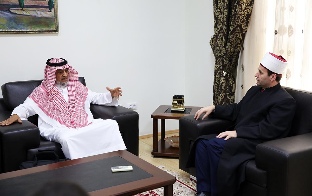 Përfaqësuesi i Ministrisë për Çështjet Islamike të Arabisë viziton KMSH-në
