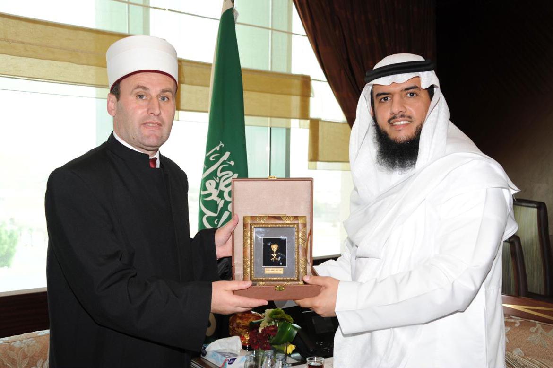 Kreu i KMSH-së takime në ministrinë e Haxhit dhe Arsimit në Arabinë Saudite