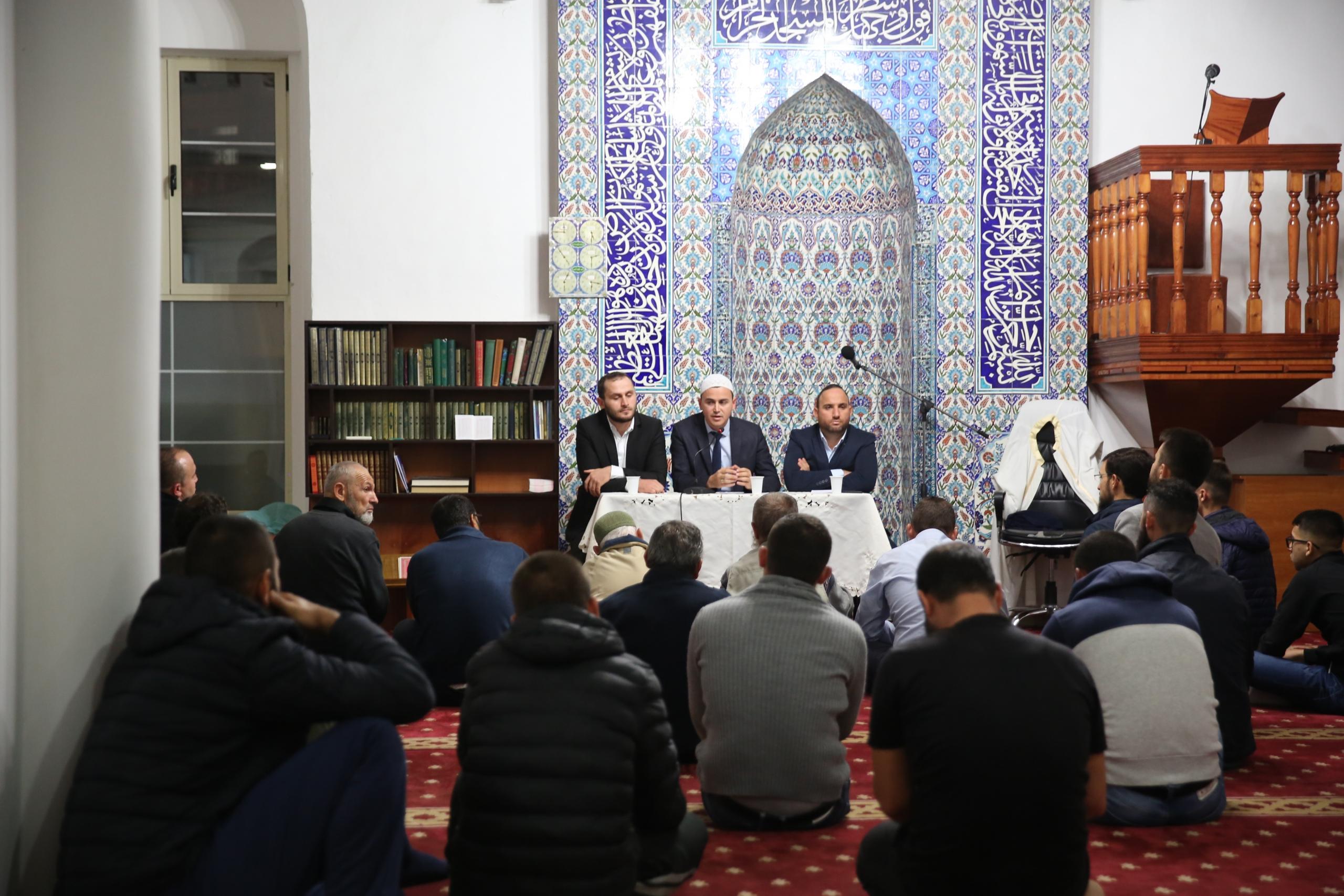 """Programi """"Frytet e Besimit"""" zhvillohet në Xhaminë e Sahatit, Berat"""