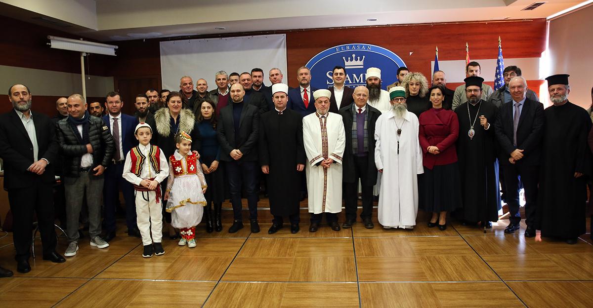 """Myftiu i Elbasanit vlerësohet me titullin: """"Mirënjohja e Qarkut Elbasan"""""""
