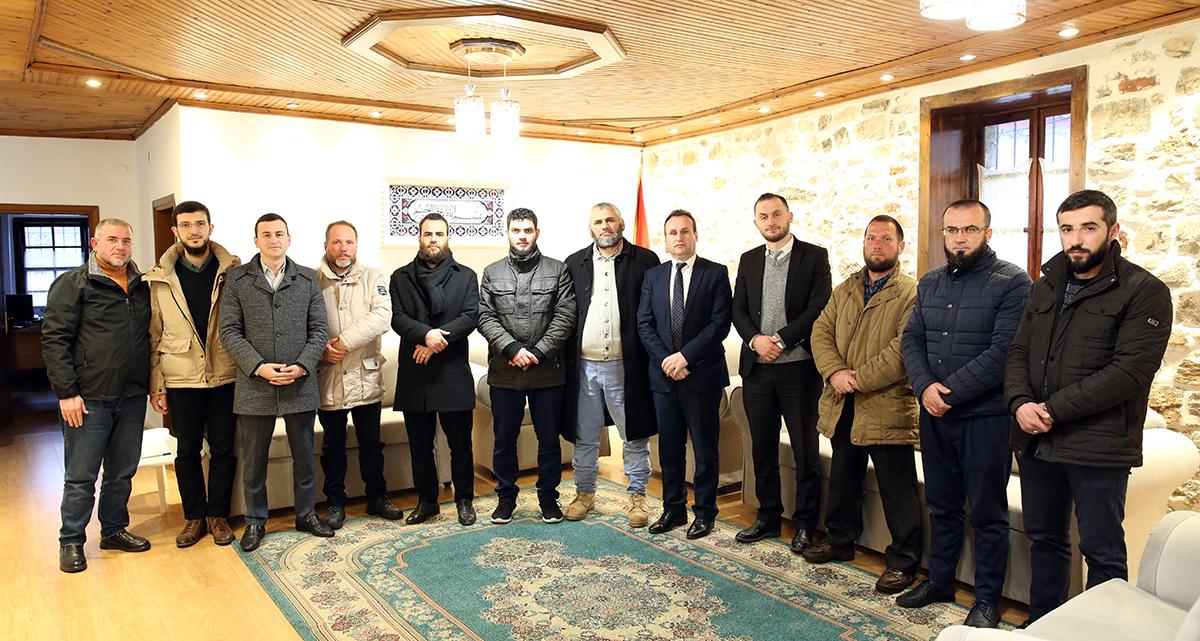 Kryetari i KMSH-së viziton Myftininë e Beratit