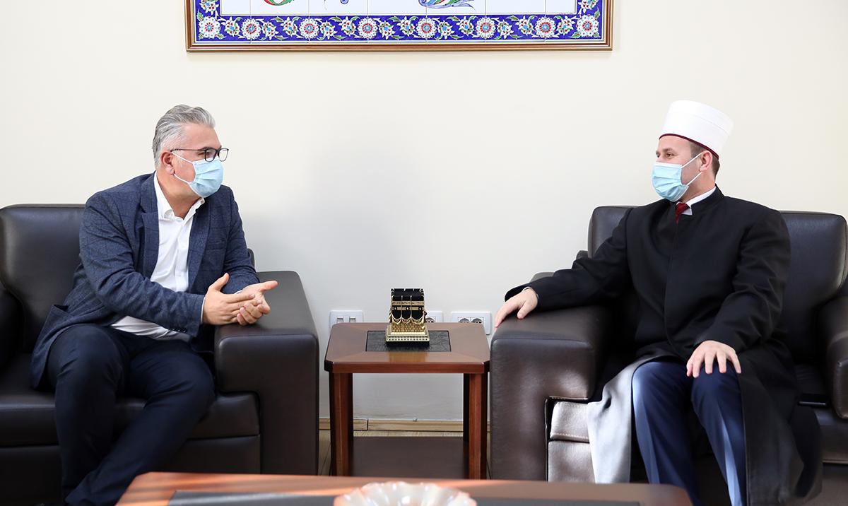 Prefekti i Ri i Qarkut Tiranë, viziton KMSH-në