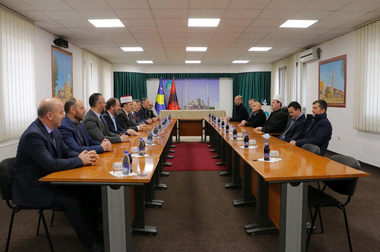 Delegacioni i KMSH-së, kryesuar nga Kryetari, H. bujar Spahiu zhvilloi vizitë zyrtare në Bashkësinë Islame të Kosovës