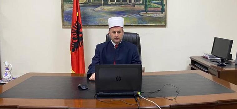 Kryetari i KMSH, H. Bujar Spahiu, mori pjesë, me ftesë të posaçme, në konferencën online të organizuar nga Këshilli Botëror i Komuniteteve Myslimane